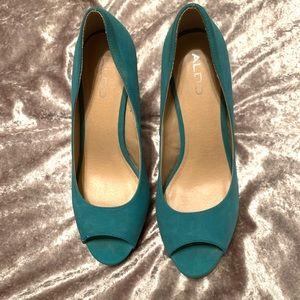 Teal/tan heels
